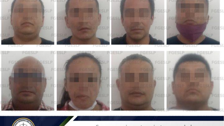 FISCALÍA DE SLP CUMPLIMENTA ORDEN DE APREHENSIÓN A 8 POLICÍAS DE SGS POR PROBABLE HOMICIDIO SIMPLE