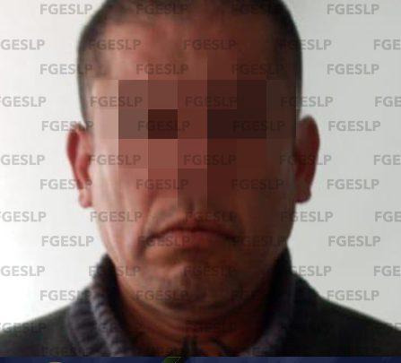 FISCALÍA DETIENE A HOMBRE POR PROBABLE HOMICIDIO DE UN POLICÍA ESTATAL