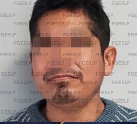POR PRESUNTA VIOLACIÓN FISCALÍA DETUVO A UN SUJETO EN HUEHUETLÁN