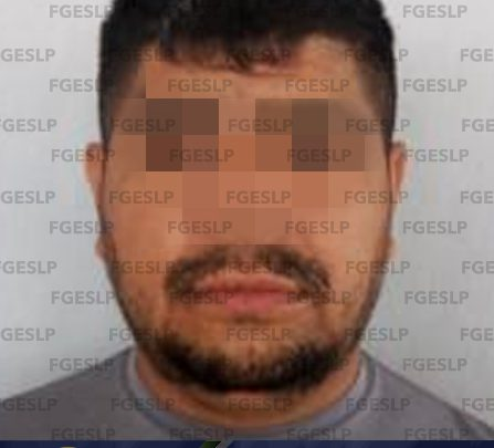 EN RIOVERDE FISCALÍA DETUVO A UN HOMBRE POR PRESUNTA VIOLENCIA FAMILIAR